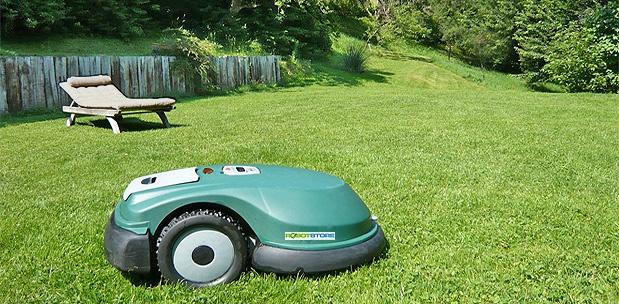 robot do koszenia trawy