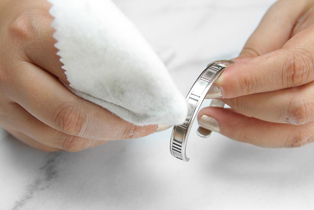 soda oczyszczona do czyszczenia srebra